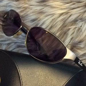 💞💞Gorgeous 💞RAY - BAN💞men's sunglasses